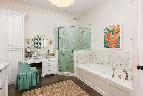 white-bathroom-with-seafoam-accent.jpg